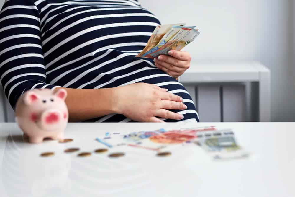 Quel document dois-je présenter à mon employeur pour un congé de maternité?