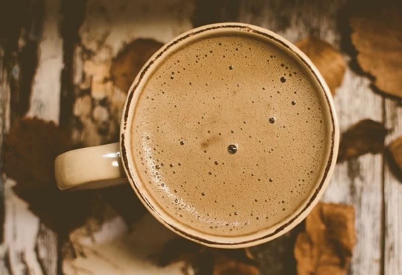 Pourquoi ne pas boire de café à jeun?